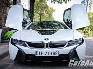 """Chiêm ngưỡng siêu xe """"đến từ tương lai"""" BMW i8 trên phố Sài Gòn"""