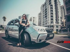 Người mẫu cá tính bên Subaru Forester