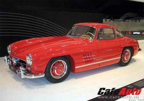Mercedes 300SL Gullwing tăng tốc 0-100 kmh chỉ trong vòng 10 giây, một con số ấn tượng vào những năm 60
