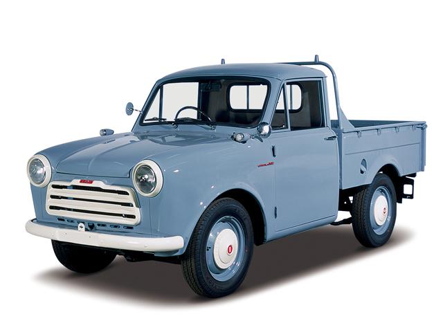 1958 Datsun Truck - Máy Type C (4-cyl. in line, OHV), 988cc, 25kW (34PS), tốc độ tối đa 90kmh