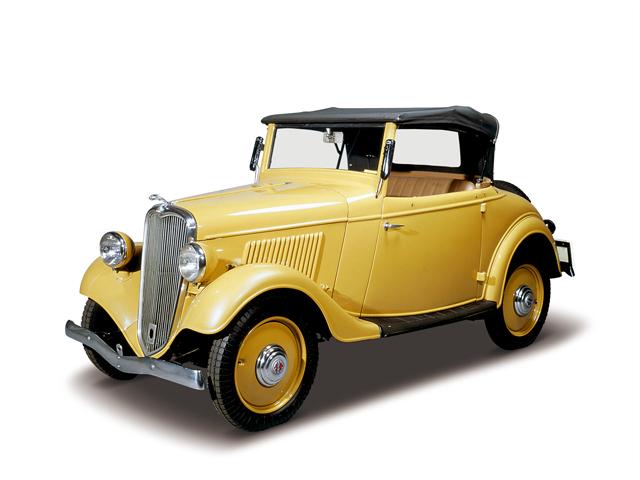 1935 Datsun 14 Roadster - Máy Type 7 (4-cyl. in line, SV), 722cc, 11kW (15PS), tốc độ tối đa 80kmh