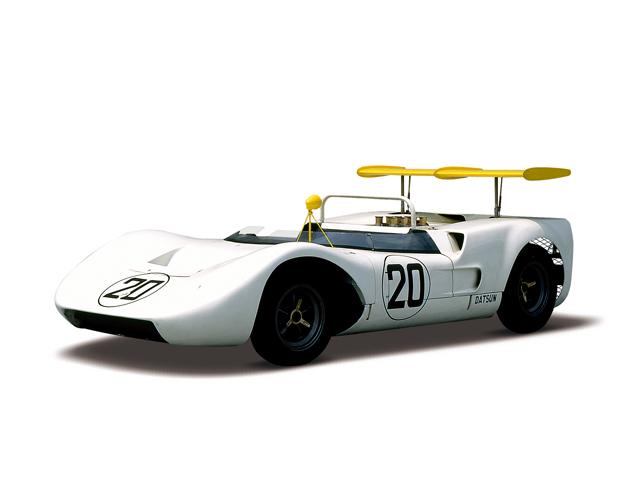 1968 Nissan R381 - Máy Chevrolet (V8, OHV), 5,460cc, 331kW (450PS)