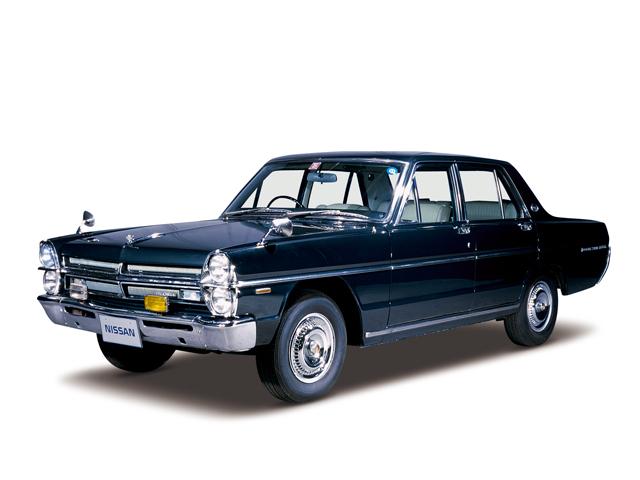 1970 Gloria Super Deluxe - Máy L20 Single (6-cyl. in line, OHC), 1,998cc, 92kW (125PS)