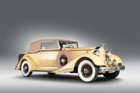 Packard Eight Convertible Victoria 1934.