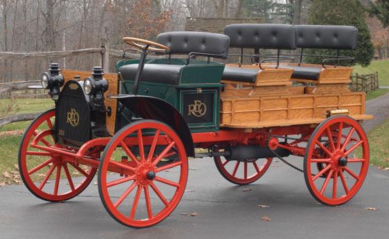 1914 REO Depot Truck