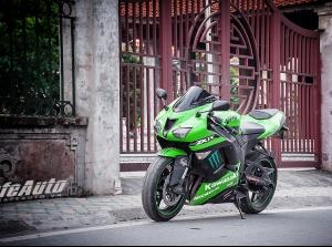 """Trải nghiệm """"huyền thoại"""" Kawasaki Ninja ZX-6R"""