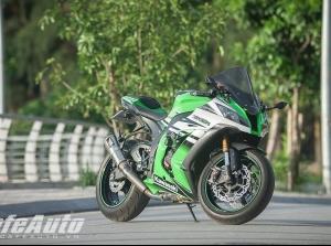 """Kawasaki ZX-10R 2015: Cỗ máy tốc độ """"gây nghiện"""""""