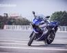 Cầm lái Yamaha R25 2014 vừa về Việt Nam