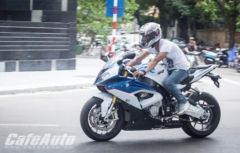 BMW S1000RR 2015: Ngựa thuần trên phố Việt