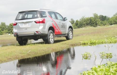 Isuzu MU-X: Thuần chất SUV