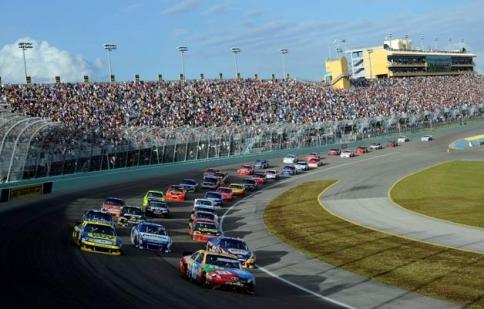 Chiến thắng bất ngờ của Dodge tại NASCAR Sprint Cup 2012