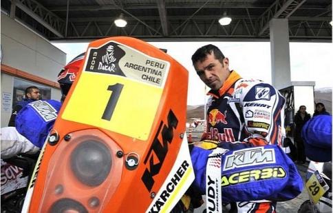 Lính mới Caselli dẫn đầu chặng 7 giải Dakar 2013