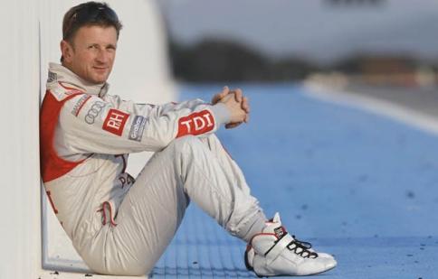 Nhà vô địch Le Mans nghỉ hưu ở tuổi 33