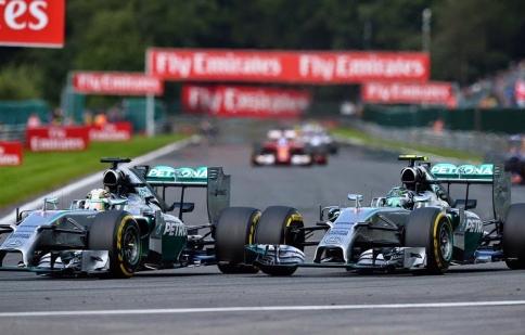 Video: mùa giải F1 2014 khó quên