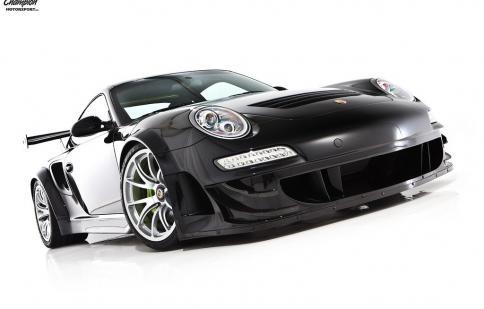 Porsche 911 Turbo S độ hầm hố
