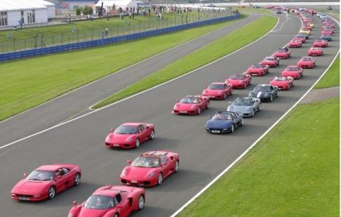 Ferrari muốn xác lập kỷ lục với 1.000 xe tham gia diễu hành