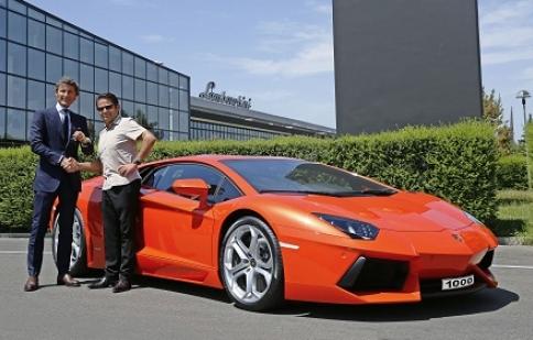 Chiếc Lamborghini Aventador LP700-4  thứ 1.000 ra đời