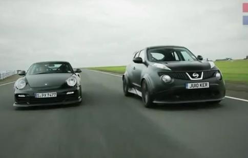 Nissan Juke-R và Porsche 911 GT2 RS ai mạnh hơn?