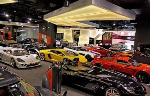 Đắm mình trong thế giới siêu xe tại Showroom Alain Class Motors