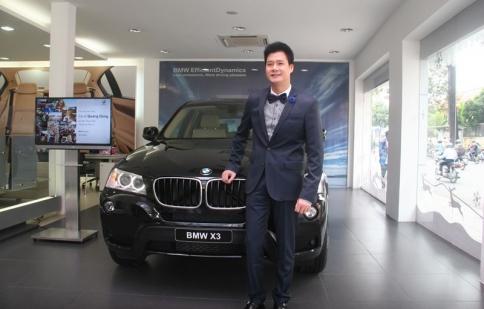 """Ca sỹ Quang Dũng """"tậu"""" BMW X3"""