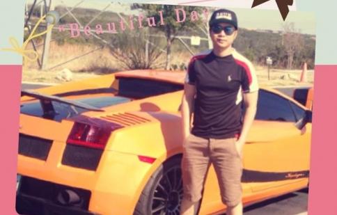 Ca sĩ Quách Tuấn Du khoe 3 siêu xe đắt tiền