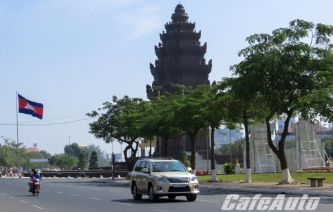 Xe hơi ở những nước láng giềng - Kỳ 1: Campuchia và những điều bất ngờ