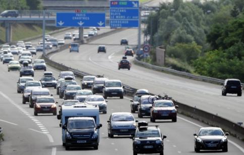 Tai nạn giao thông giảm còn phân nửa tại châu Âu