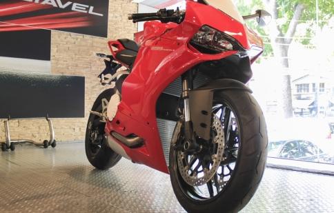 Cận cảnh Ducati 899 Panigale 2014 tại Sài Gòn