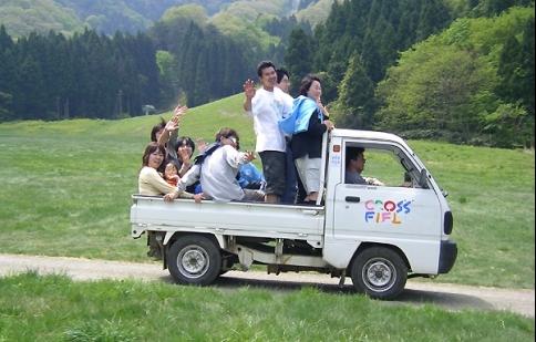 """Tại sao Nhật Bản lại kiềm chế thị trường xe """"tí hon"""""""