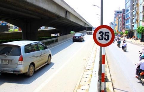 Hà Nội đề xuất giữ biển báo tốc độ 35km/h