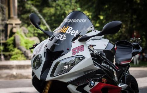 """BMW S1000RR 2014 độ đồ chơi cực """"khủng"""" tại Hà Nội"""