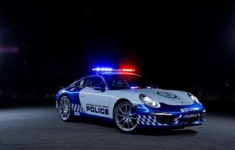 Cảnh sát Úc nhận Porsche 911 Carrera làm xe công vụ