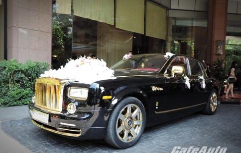Rolls-Royce mạ vàng làm xe hoa tại Hà Nội