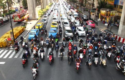 Đường Việt Nam không còi là rước họa