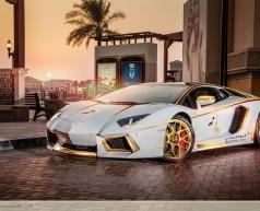 Lamborghini Aventador mạ vàng của đại gia Trung Đông
