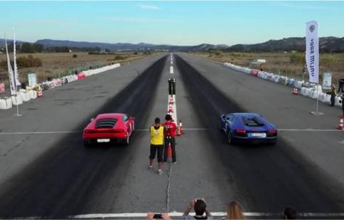 Lamborghini Huracan đọ sức Aventador