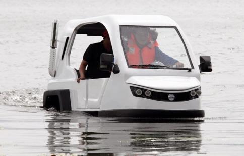 Video hot trong tuần: Philippines chế xe điện lội nước giá chỉ 6.000 USD