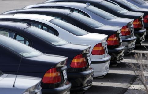 Tại sao xe mới ngày càng rớt giá