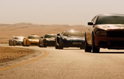 Xem tất cả những pha phá xe trong Fast & Furious