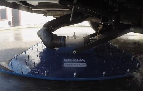 Autoliv thử nghiệm phanh chân không cho xe hơi