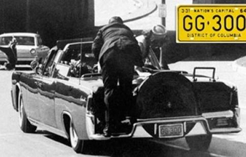 Chi 100 nghìn đô mua biển số xe chở Tổng thống Mỹ bị ám sát