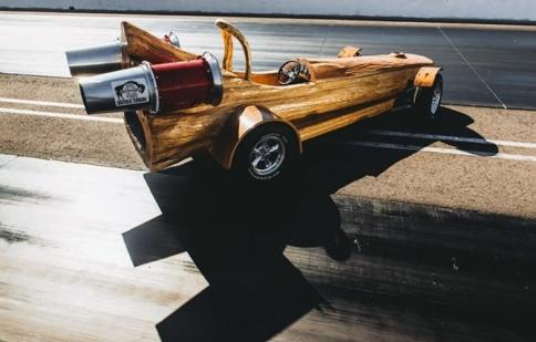 Cùng ngắm xe độc mộc sử dụng nhiên liệu sạch đạt kỷ lục Guinness