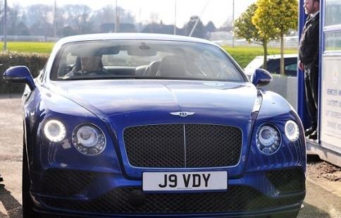 Dàn xe sang của những ngôi sao bóng đá Leicester City