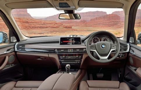 Top 10 chiếc xe có bảng điều khiển đẹp nhất năm 2016