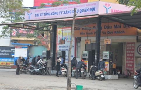 Hà Nội: Phát hiện xăng pha methanol