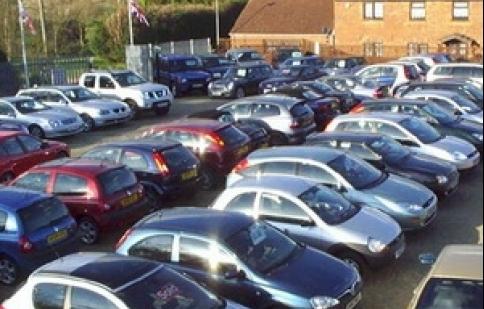 Doanh số xe bán ra tại Anh trong năm 2011 giảm