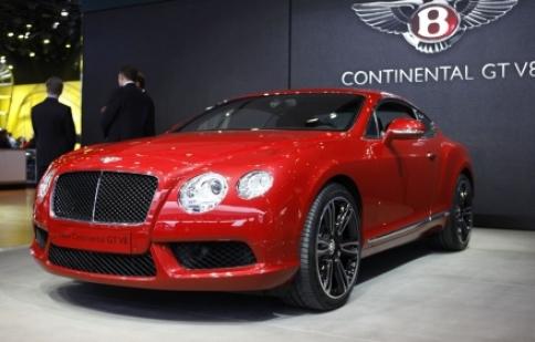Sự ra mắt ấn tượng của Bentley GTV8