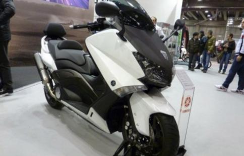Lộ diện Yamaha T-Max 530 2012