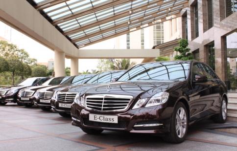 Mercedes hỗ trợ phí trước bạ cho hai dòng xe C-Class và E-Class