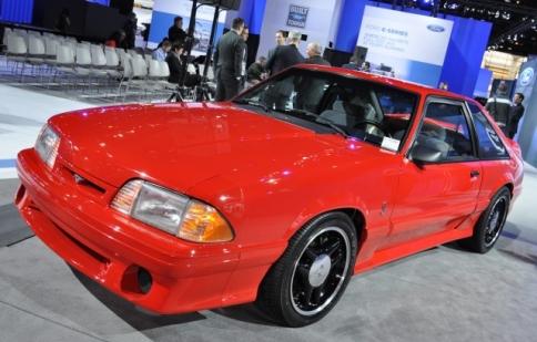Sự trở lại ngạc nhiên của Ford Mustang Cobra R đời 1993